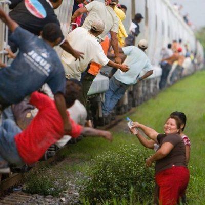 #LasPatronas: Una mirada íntima a las mujeres que ayudan a los migrantes sin esperar nada a cambio