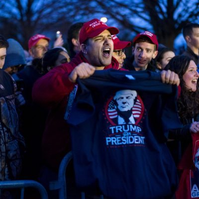 #MatemáticasTrump: Odio a latinos = Presidencia