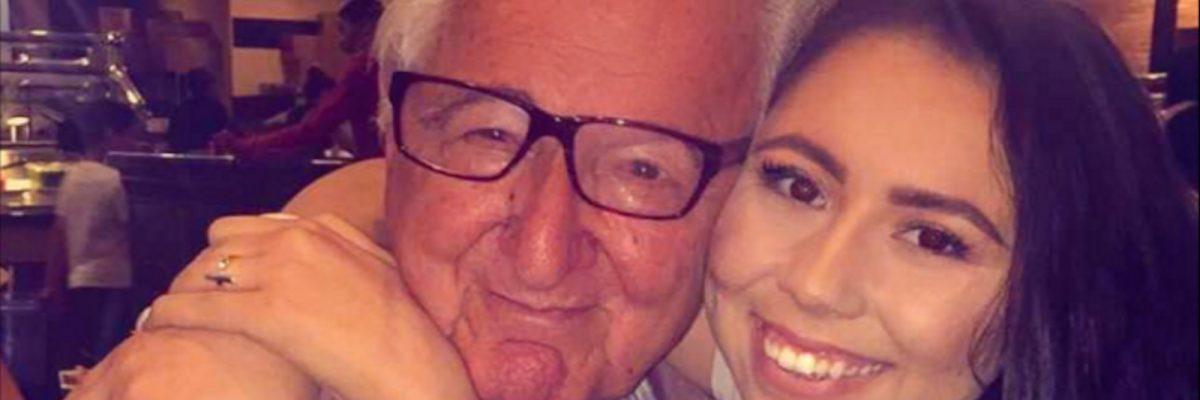 #NeverTooLate: Abuelo latino va a la misma clase con su nieta