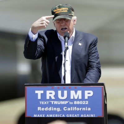 #Terco: Trump sigue obsesionado con el muro en la frontera
