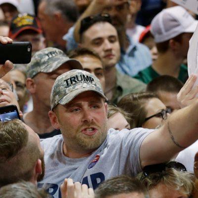#AyNanita: Los gritos de lo seguidores de Trump sin censura son escalofriantes