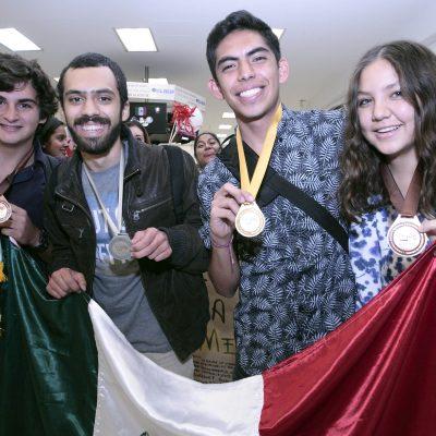 #PókerDeAses: Estudiantes mexicanos ganan cuatro medallas en la Olimpiada Iberoamericana de Biología