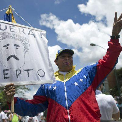 """#HartosDeMaduro: Así fue la """"Toma de Caracas"""" por miles de venezolanos"""