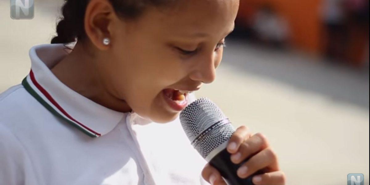 #VozDeÁngel: Es invidente y tiene autismo, pero canta con el corazón