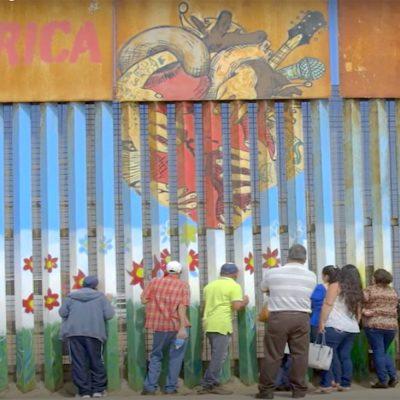 El artista Enrique Chiu llena de colores el muro