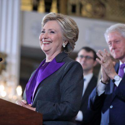 #StillWithHer: Hay que seguir luchando por lo que es correcto, dice Hillary Clinton