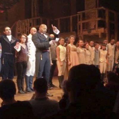 #PrimeraLlamada: Pence acude a ver Hamilton, es abucheado y recibe mensaje del elenco