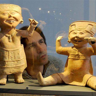 El investigador mexicano Miguel Gleason revela miles de hallazgos prehispánicos