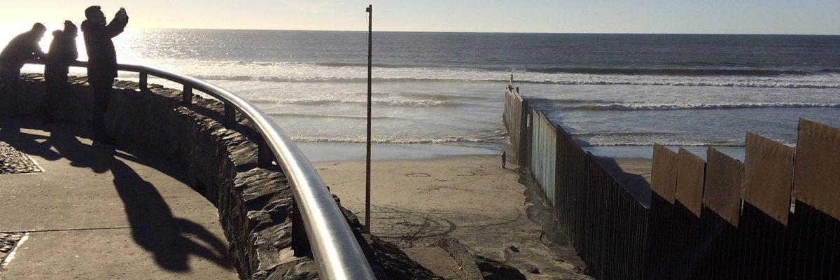 secretarios de estado mexicano hablan con claridad y les piden a empresas de su país que no participen en la construcción del muro.