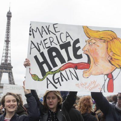 #Ohlàlà: París castiga a cementera que se postuló para construir el muro