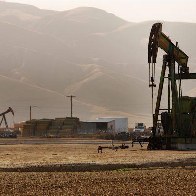 Investigará sobre el petróleo.