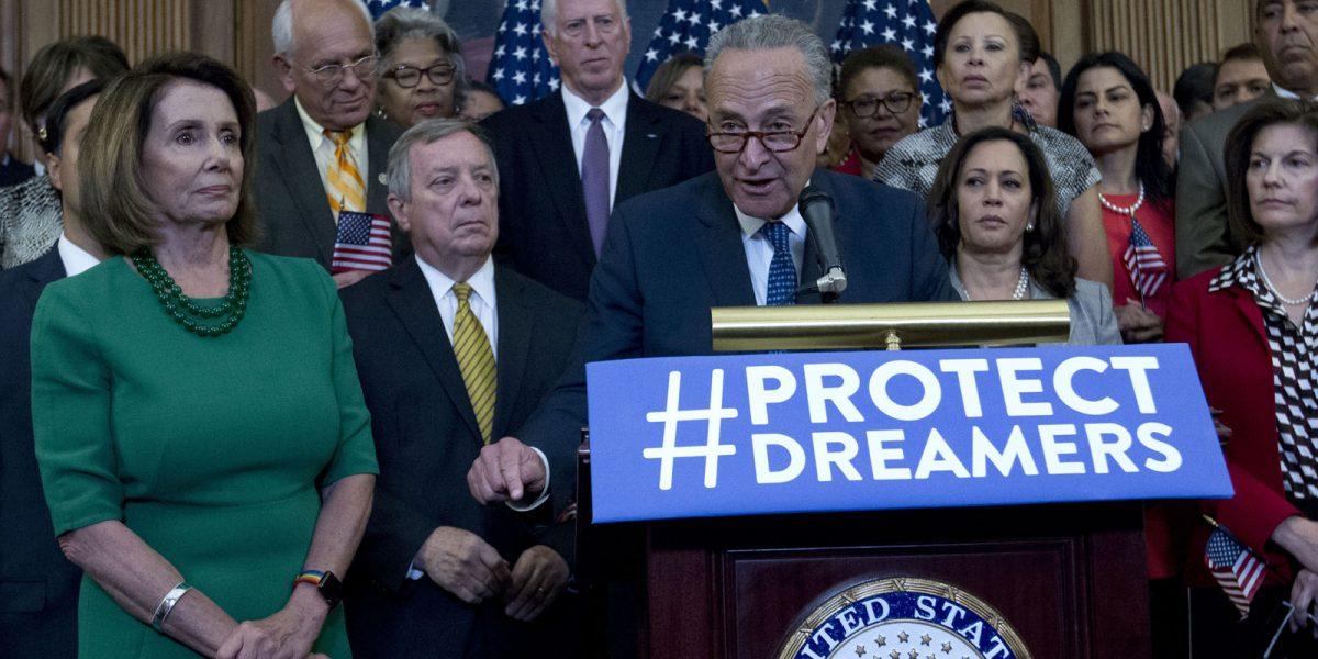 #Contraataque: 15 estados y DC le avientan demandota a Trump por DACA
