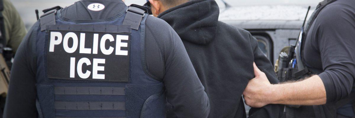 """#Chivatones: """"La Migra"""" reveló por error los nombres de los soplones que delatan indocumentados"""