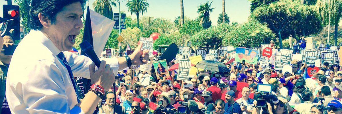 #Trancazo: California ya firmó la ley SB54, que manda a volar a