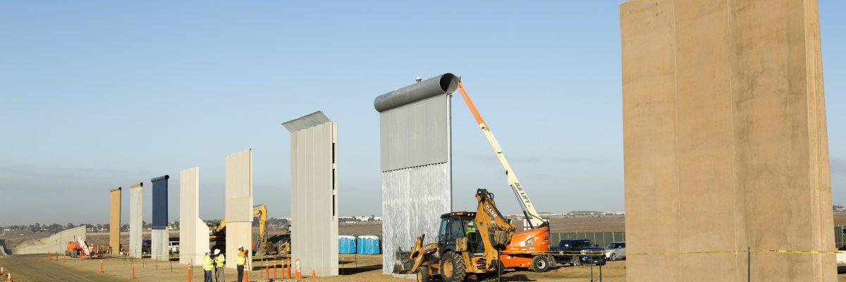 #Genios: Heroica empresa compra terrenos en la frontera para evitar la construcción del muro