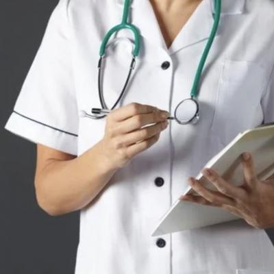 Esta enfermera mexicana dejó su propia boda para ayudar a un paciente
