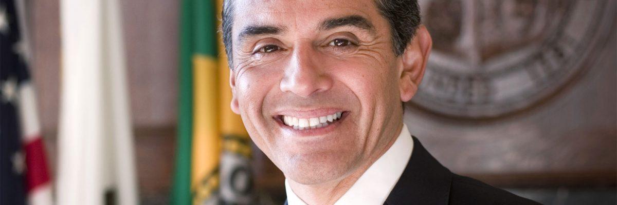 #CaliforniaDream: Antonio Villaraigosa puede convertirse en el primer gobernador de origen mexicano
