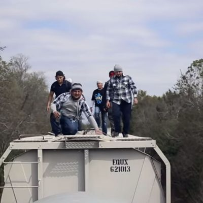 #ElDiarioDeUnInmigrante: Cuando una canción dice más que mil protestas