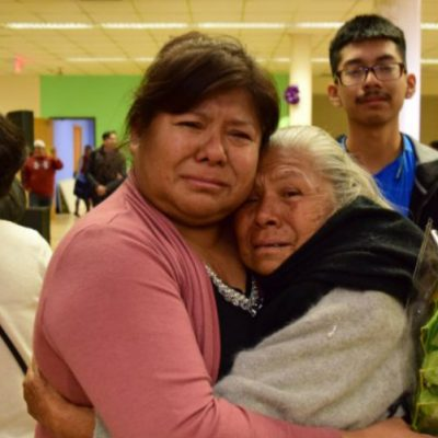 Estado mexicano ofrece ayuda a adultos mayores para visitar a sus hijos en EU