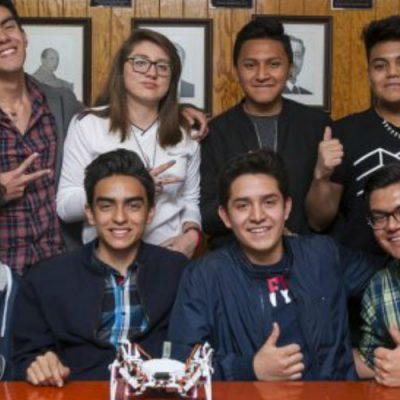 Estudiantes mexicanos crean robot que salvaría miles de vidas en desastres naturales