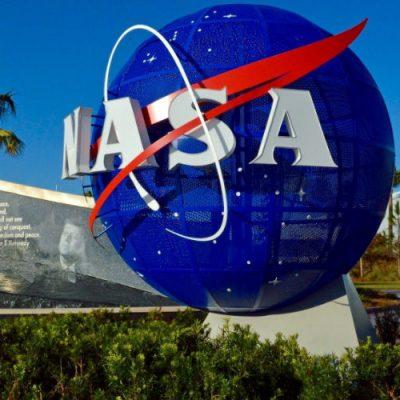 Manos mexicanas elaboran trajes espaciales que usan en la NASA