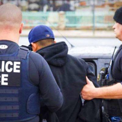 Deportan a mexicano que perdió a su esposa en la guerra de Afganistan