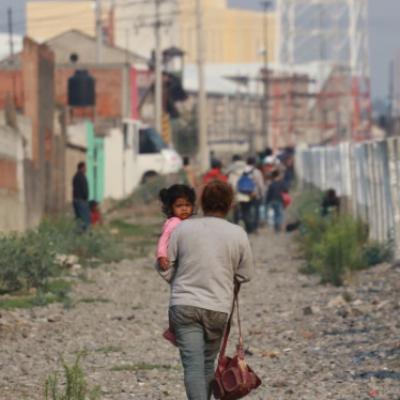 Reportan que población de mexicanos en EU va a la baja