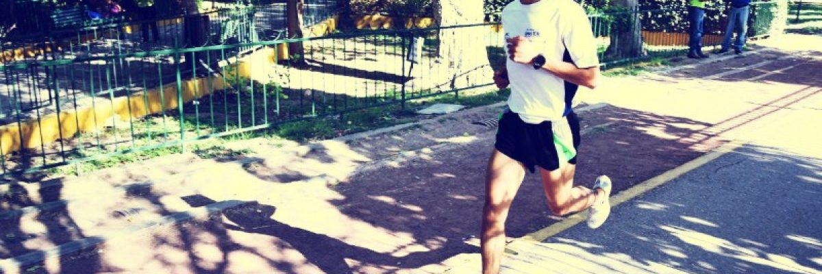 Mesero mexicano abandonó EUA y ahora es el mejor maratonista de América