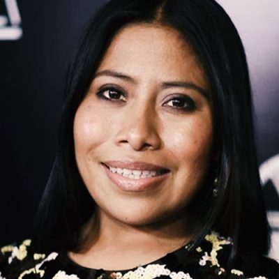 Yalitza Aparicio revela si cobra o no 30 mil pesos por tomarse una foto con fans (VIDEO)