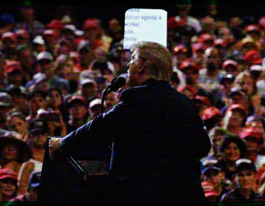 """Donald Trump busca el voto de los hispanos; la mayoría grita """"construye el muro"""""""