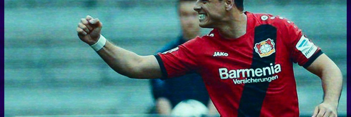 Chicharito Hernández forma parte del equipo latino de la década de la Bundesliga